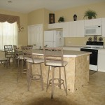 windsorpalmskitchen4bed